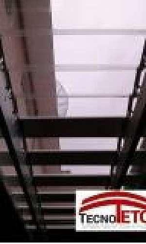 Cobertura de policarbonato transparente