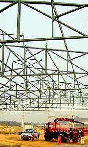 Estrutura de telhado metálico