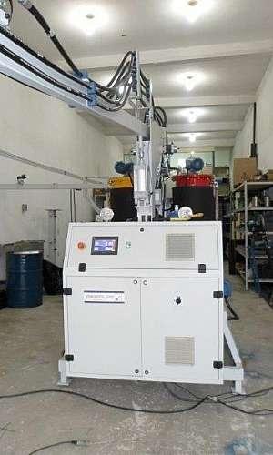 Máquina de poliuretano expandido