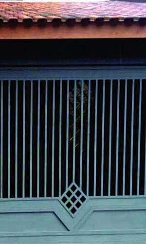 Portão basculante de garagem