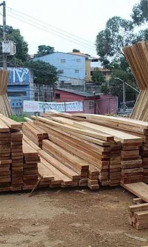 Prancha de madeira para telhado preço