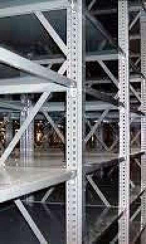 Rack metálico galvanizado