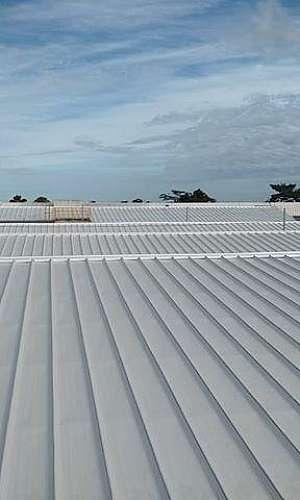 Serviço de instalação de telha zipada