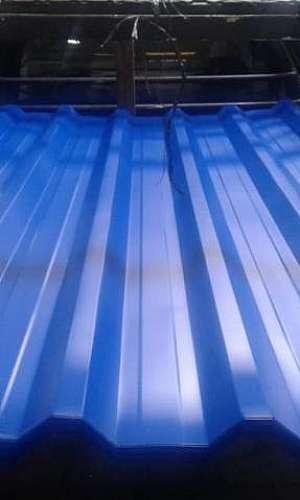 Telha termoacústica pintada