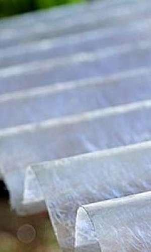 Telhas translúcidas em fibra de vidro