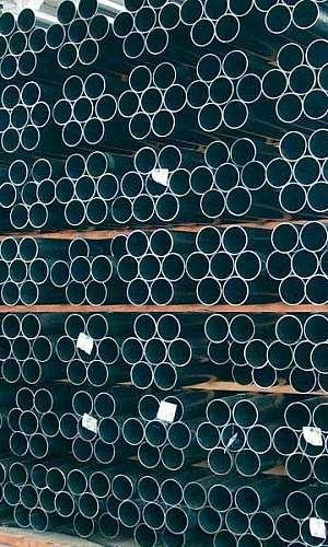 Tubo de aço calandrado
